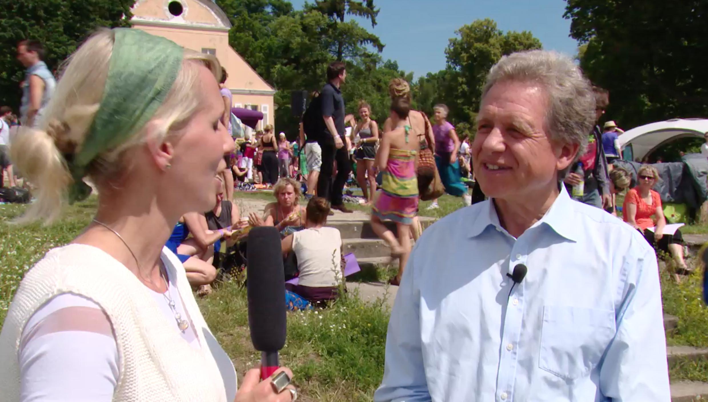 interview_yogafestival_2015