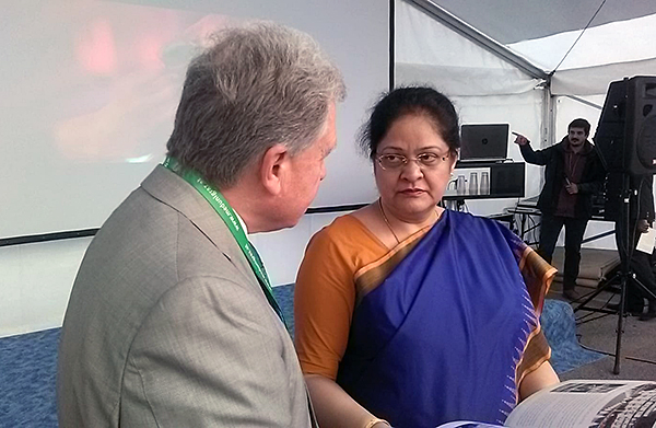 Lothar Pirc talking to the Ambassador of India to Austria, H.E. Ms. Renu Pall